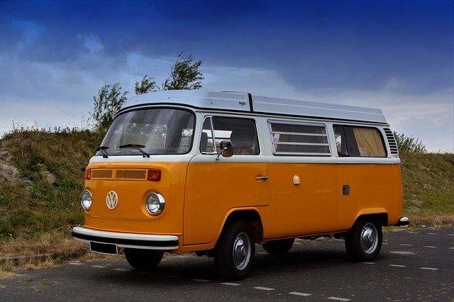 Der VW T2 ist leider auch kein Schnäppchen. Preise von 20.000€ - 50.000€ sind für ein Geschenk zu teuer.