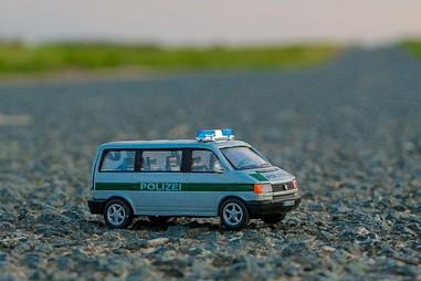 Der VW T4. Fans finden hier leider nur sehr schwer geeignete Geschenke. Das abgebildete Spielzeugauto wäre aber eine gute Wahl.